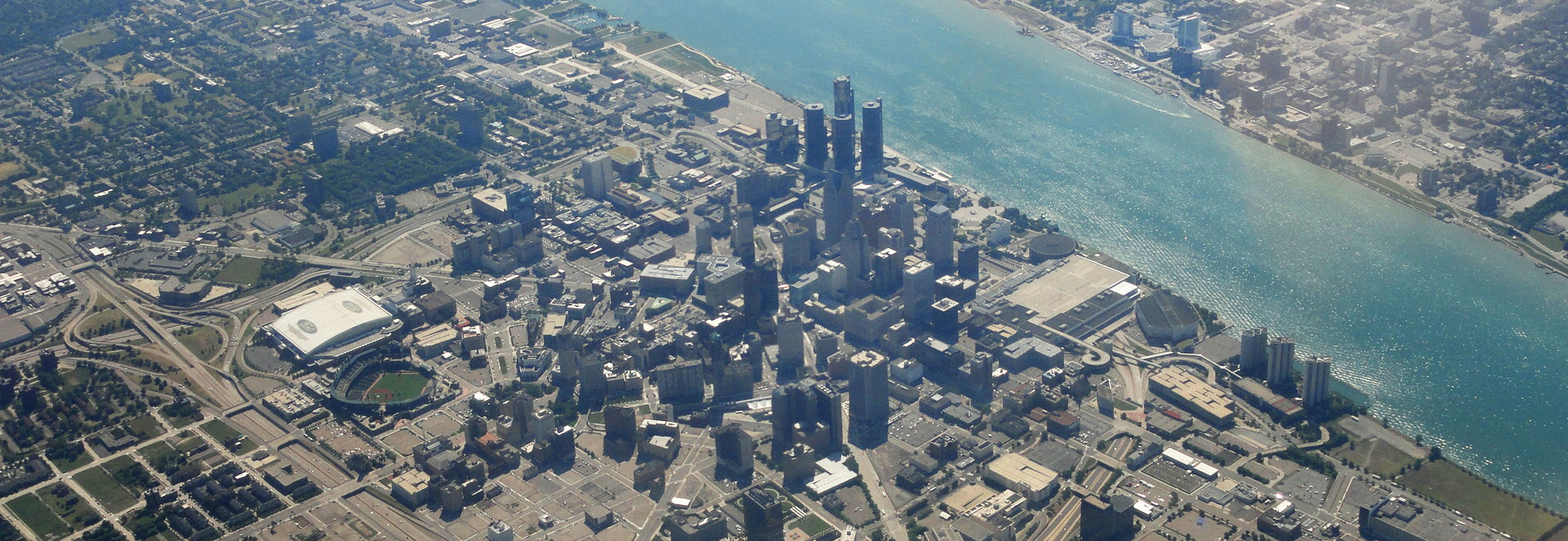 aerial_view_of_downtown_detroit_BANNER.jpg